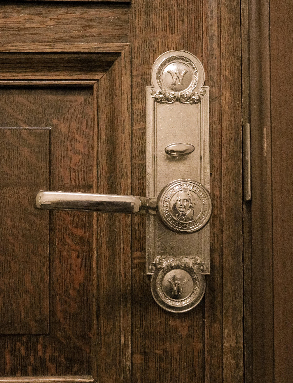antique-art-closed-277752